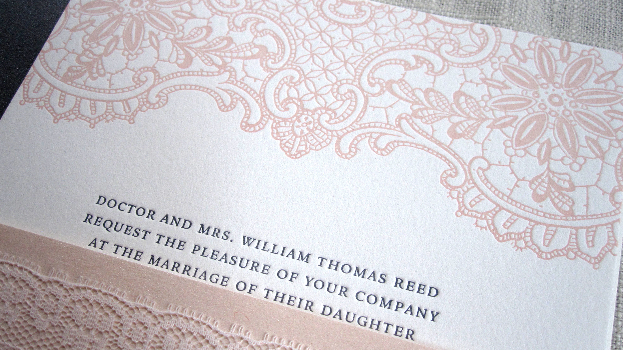 Lace_wedding_invitations3.jpg