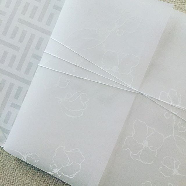 White ink printing on vellum....yesssss please . . #letterpress #vellumpaper #velluminvitation #stationery #stationeryaddict #dailydoseofpaper #annapolis #annapoliswedding #mdwedding #whitehallmanor