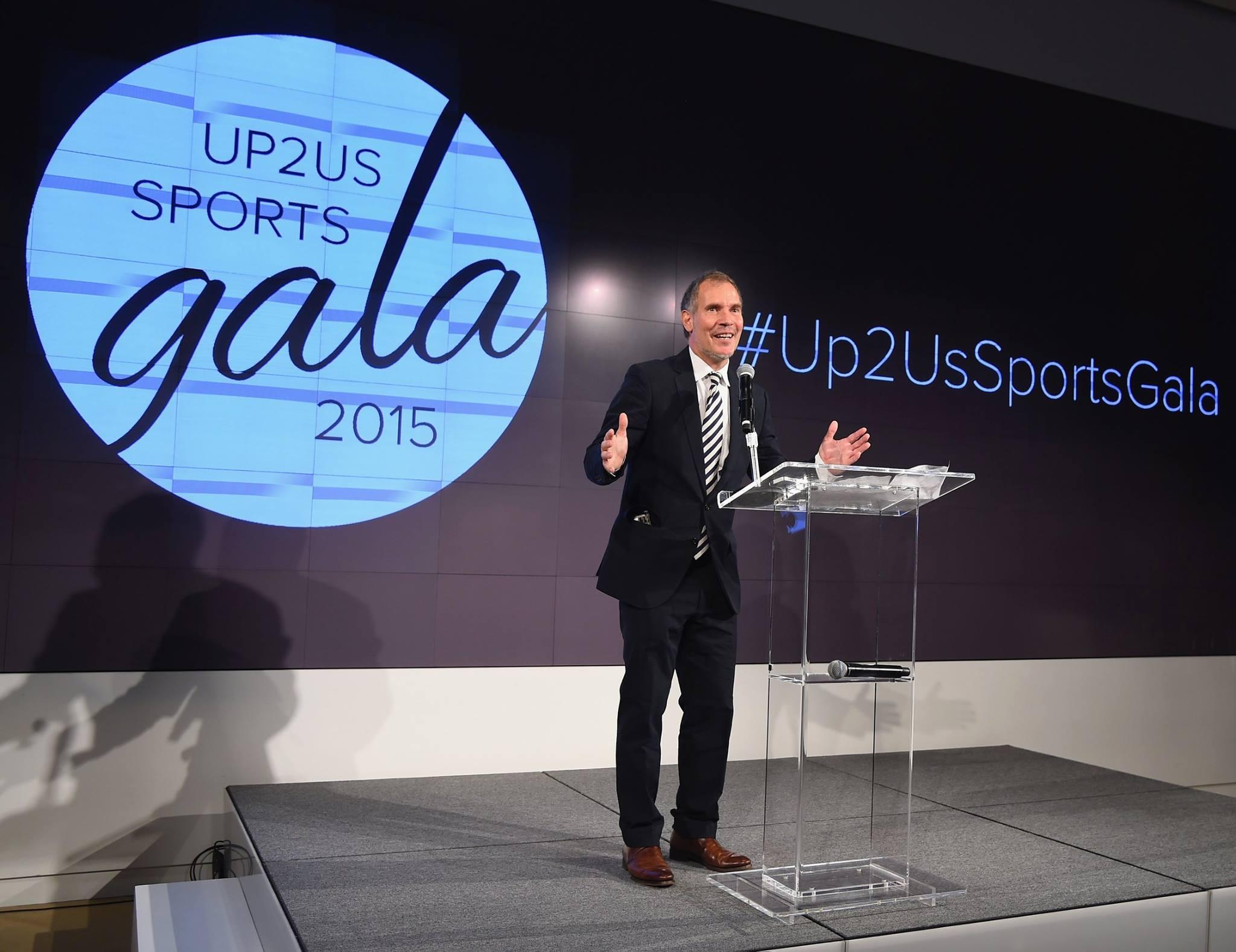 Paul-Speaking-at-2015-Gala.jpg