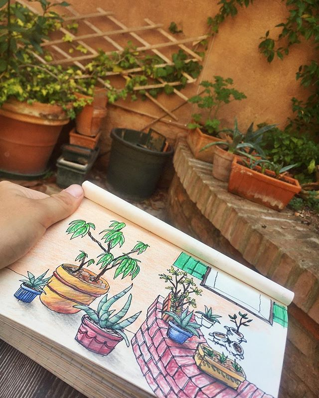 Doodling in the scuola's lil courtyard ✨#scuoladigraficavenice #printmaking #artistresidency #doodle #art