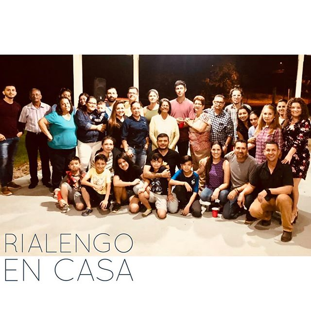 Fuimos a casa de Silvana Valverde a cantarla cumbia de Rialengo! A celebrar los cumpleaños de Alfonso Salas Araya y Eliécer Azofeifa. Seguimos #palante con este proyecto! 💪