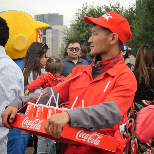 Like any sporting event, Mongolia's Naadam festival features concession areas, people in special clothes, and, um... mascots. Video link in bio!