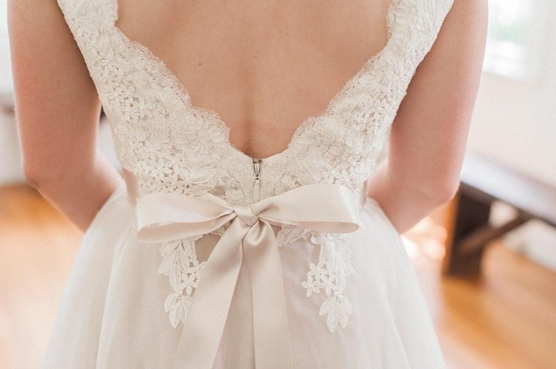 spring-wedding-the-cedars-jackson-mississippi_10.jpg
