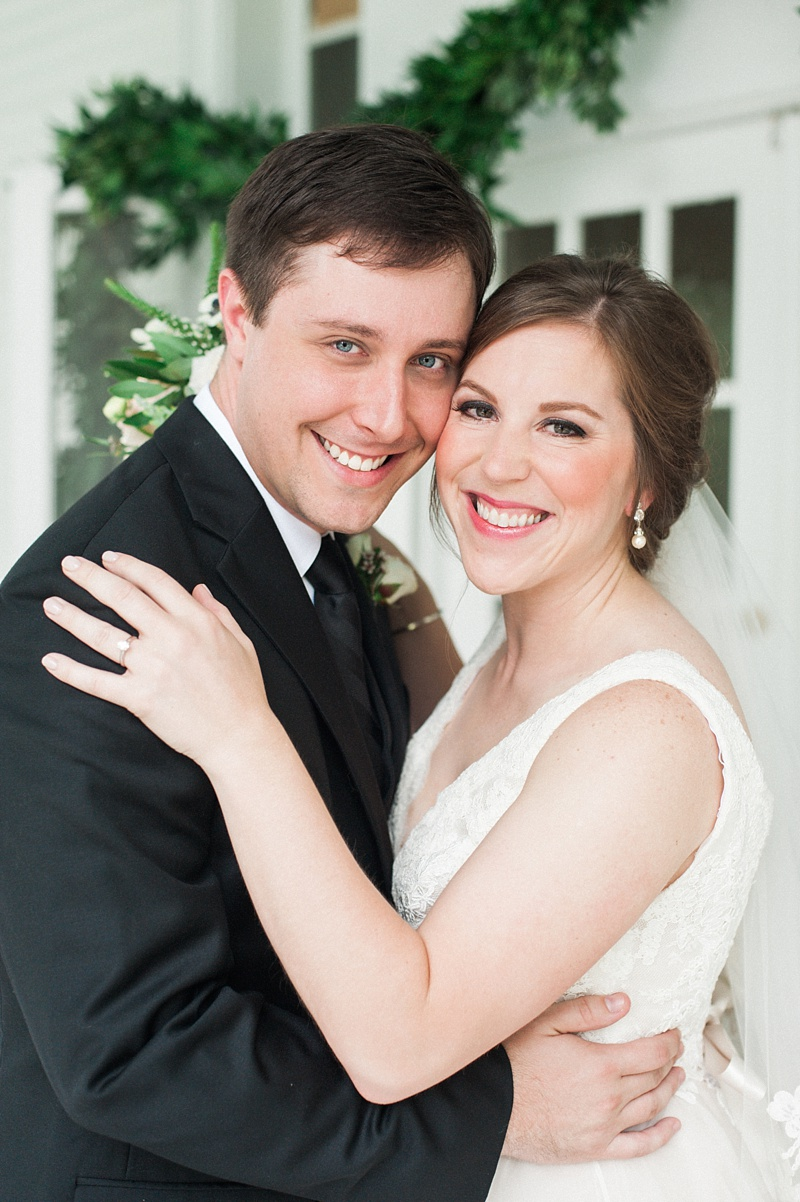 spring-wedding-the-cedars-jackson-mississippi_23.jpg