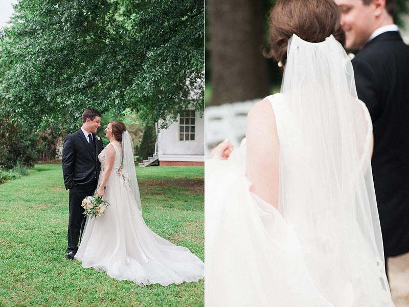 spring-wedding-the-cedars-jackson-mississippi_31.jpg