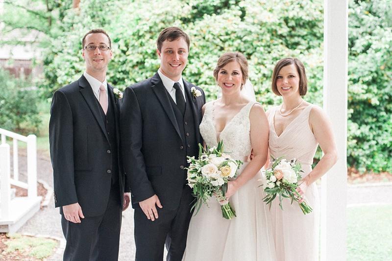 spring-wedding-the-cedars-jackson-mississippi_34.jpg