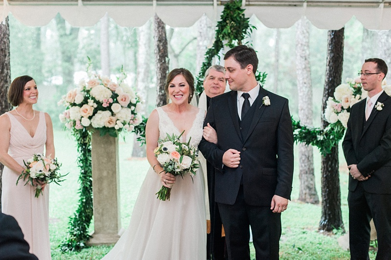 spring-wedding-the-cedars-jackson-mississippi_43.jpg