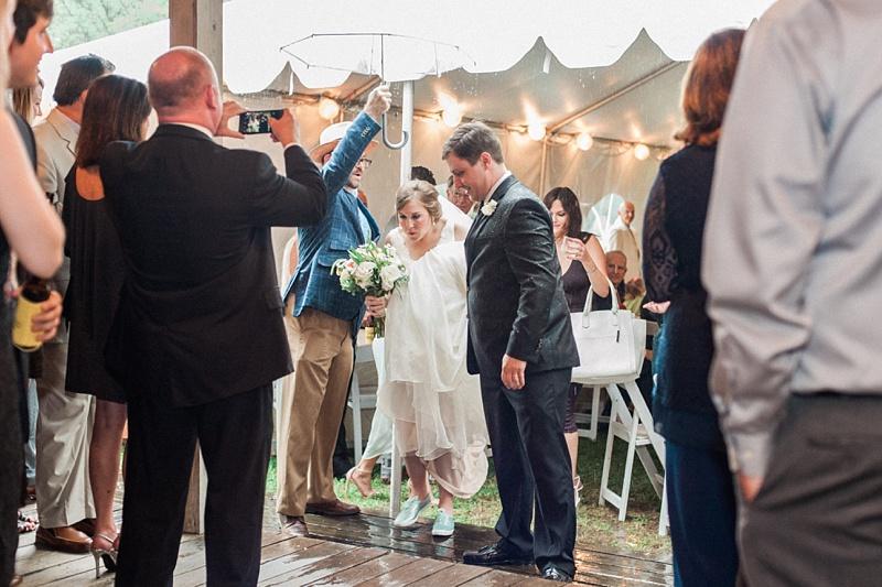 spring-wedding-the-cedars-jackson-mississippi_45.jpg