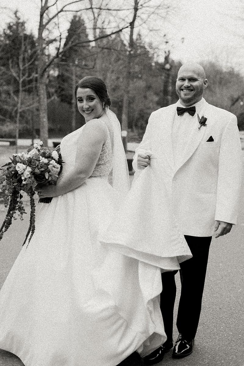 black_tie_winter_formal_memphis_zoo_wedding_29.jpg
