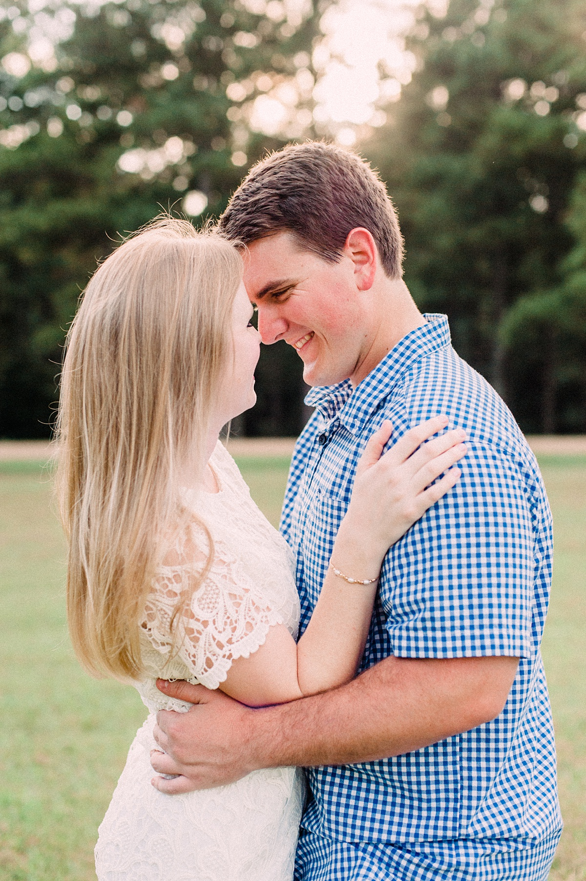 Jackson-Mississippi-Engagement-Photographer_009.jpg