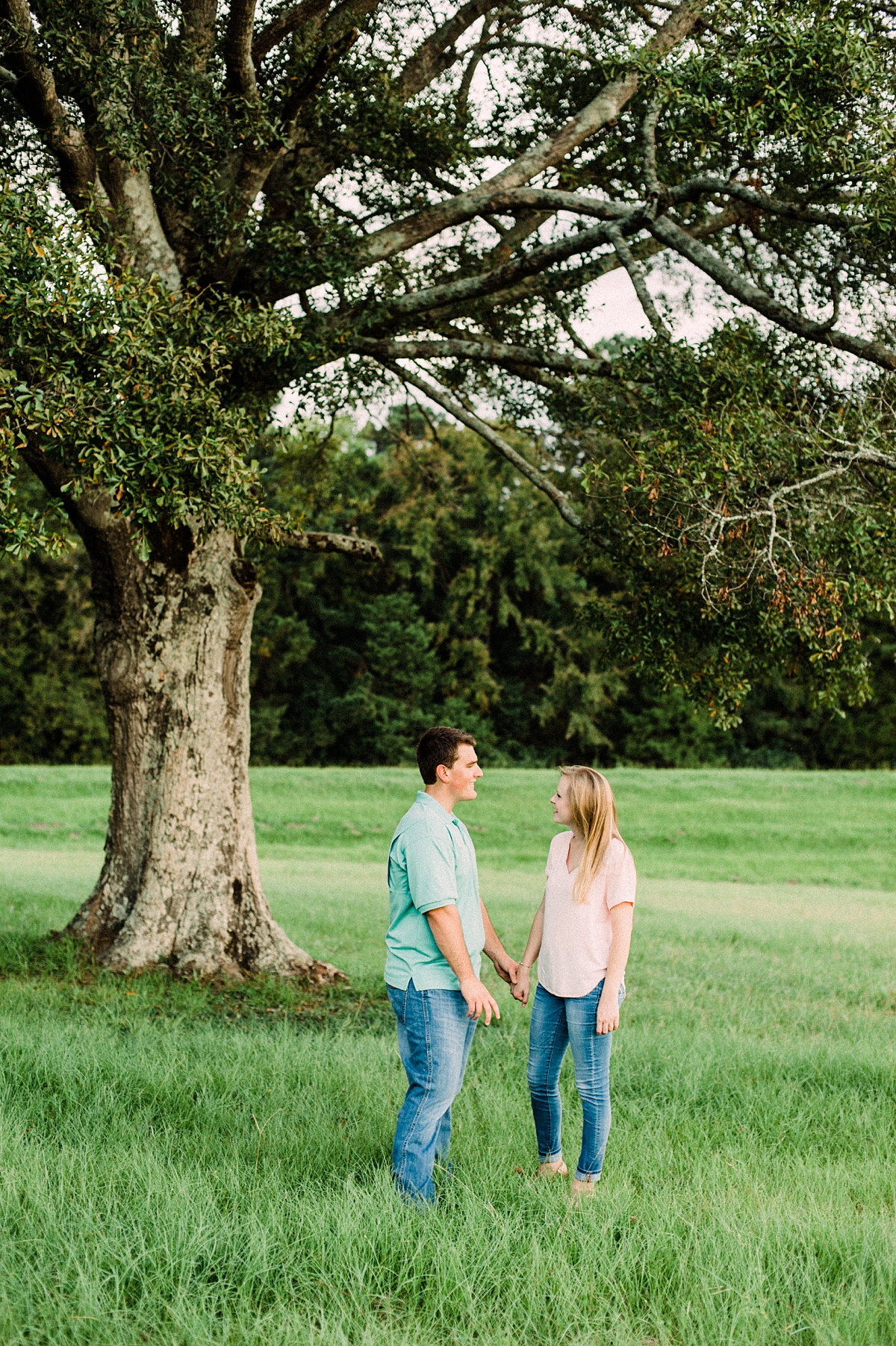 Jackson-Mississippi-Engagement-Photographer_017.jpg