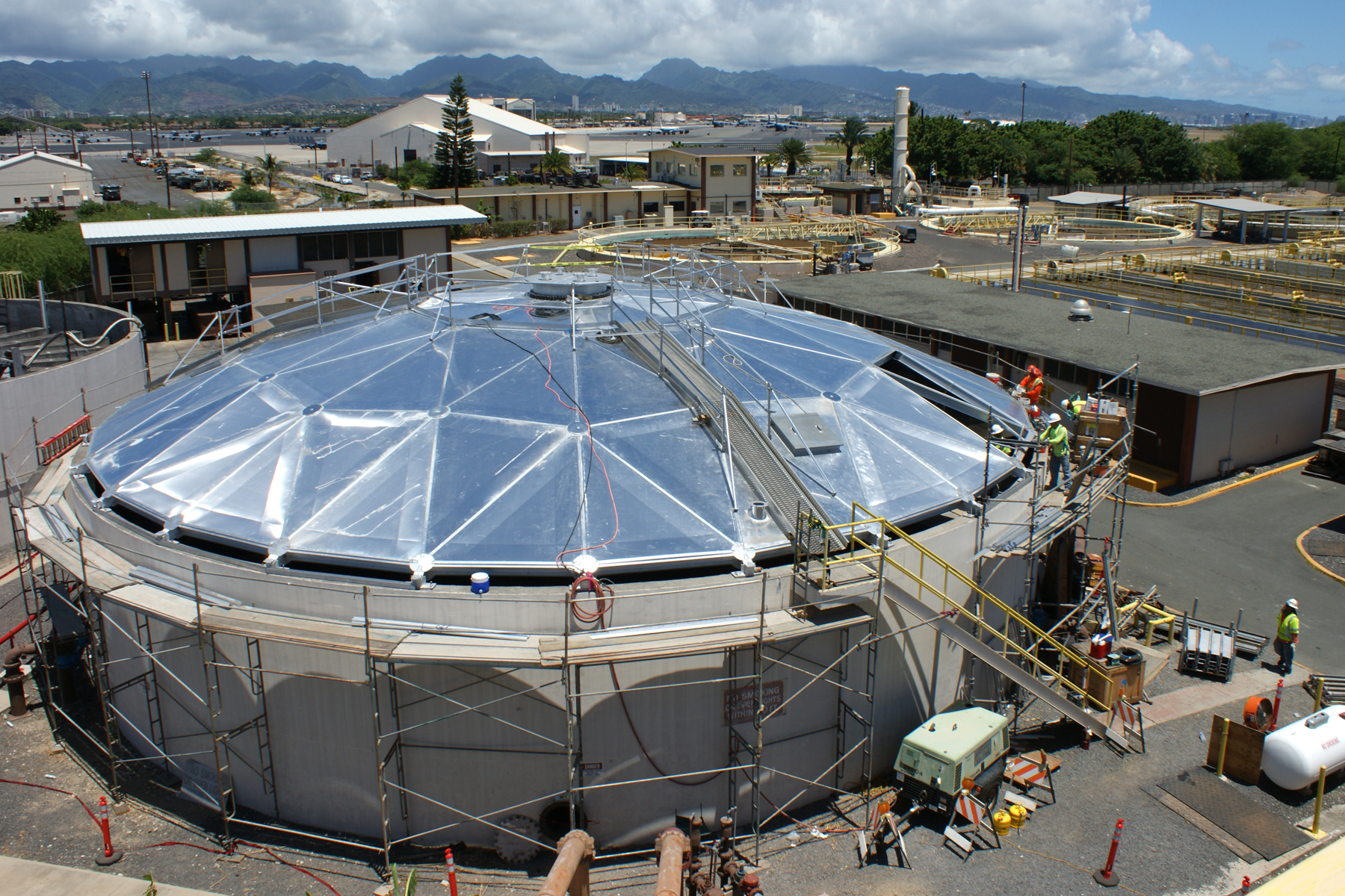 US_Navy_110818-N-OF713-003_Naval_Facilities_Engineering_Command_Hawaii_is_upgrading_the_wastewater_treatment_plant_at_Joint_Base_Pearl_Harbor-Hicka.jpg