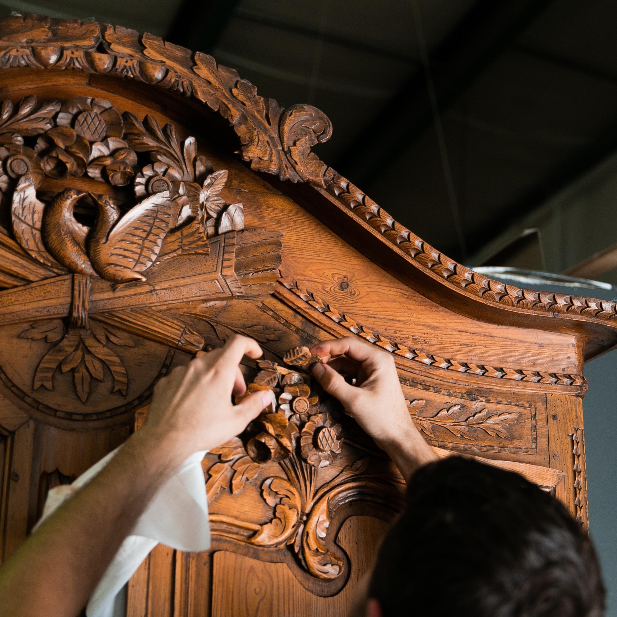 Kin Furniture Co.  Furniture repair, restoration and refinish