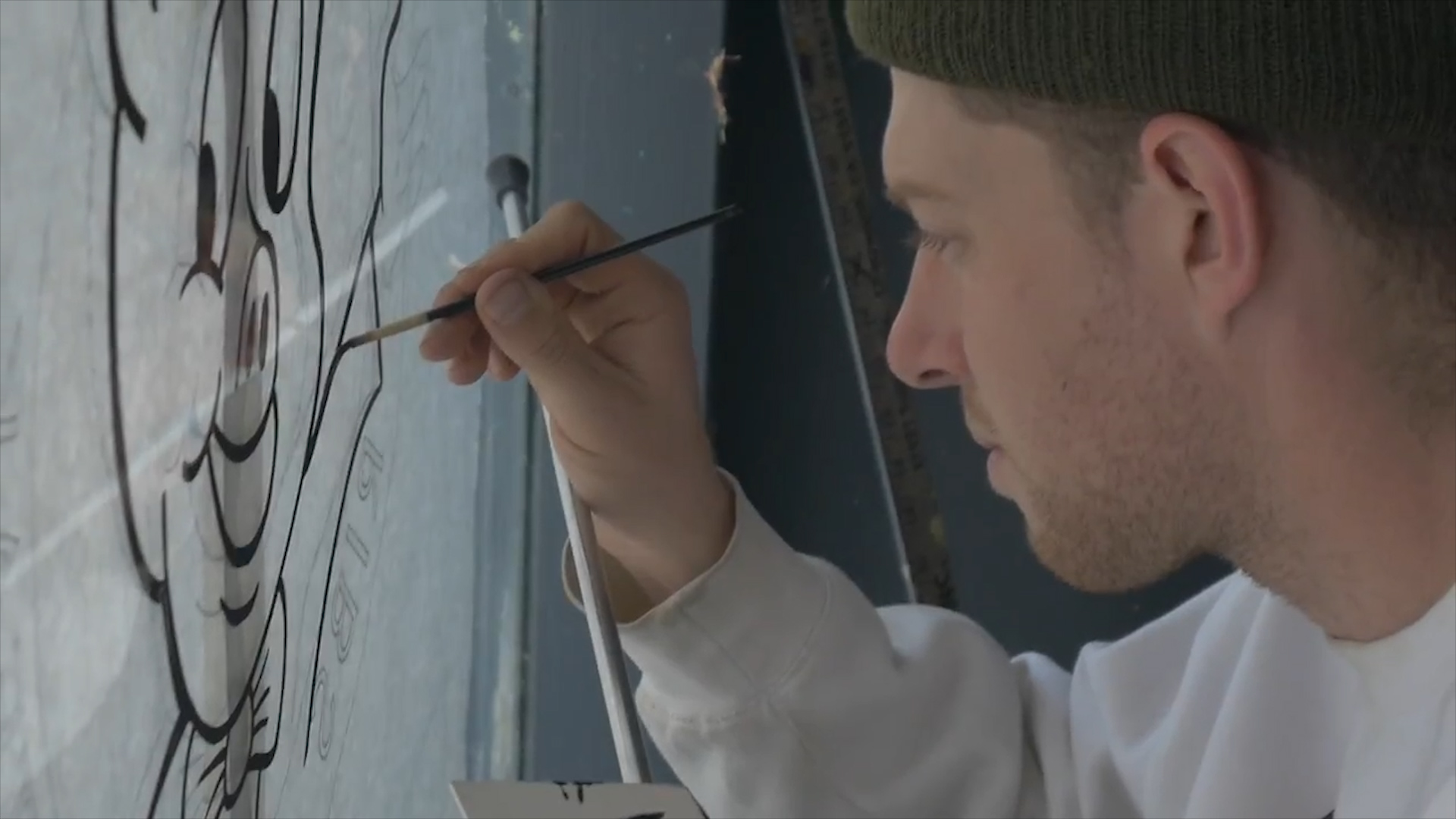 Sign Painting WithAgustin McCord -