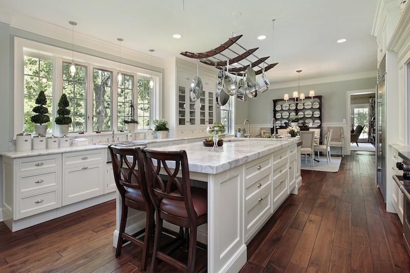 Kitchen White Granitetop.jpg
