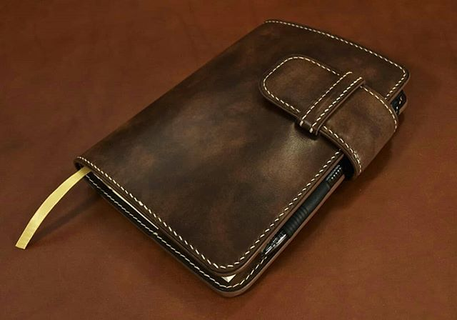Refillable journal cover available for purchase. Light brown museum calf #leather #journal #journaling #journalcover #Handmade #writing #handsewn