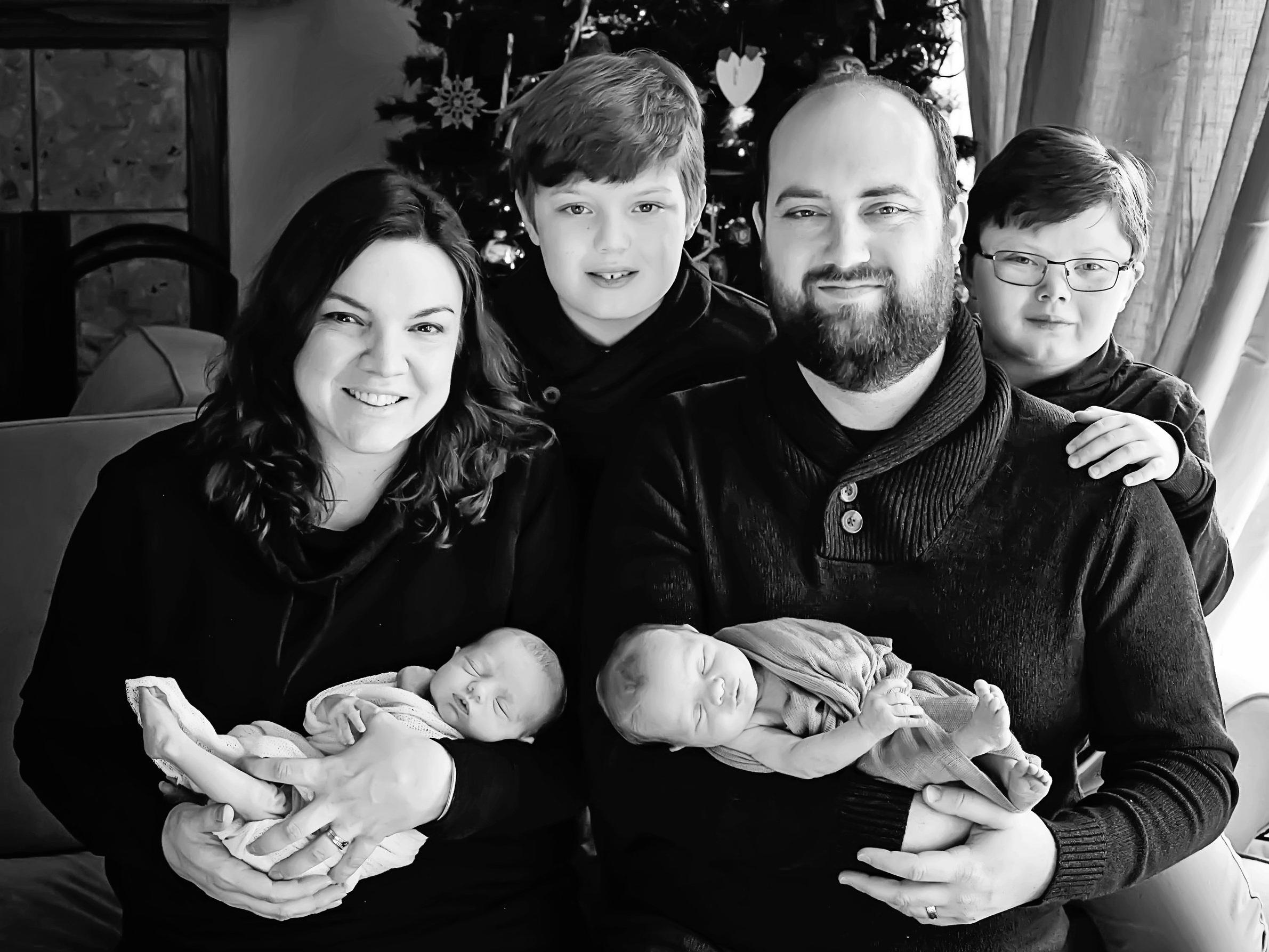 Ruland+Twins+Newborn-105+bw.jpg