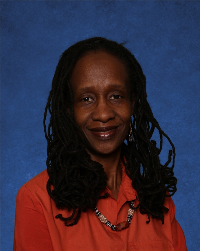 "Marion Mitchell , Sparrows Assistant Teacher   Ms. Marion  comes to MDS by way of Trinidad where she helped run a daycare and studied telecommunications. She has been with MDS since 2004. ""I love seeing the kids overcome a difficult task and achieve goals. It's a joy to teach here."" Marion loves dancing (especially to reggae music), spending time with her two kids and doing hair."