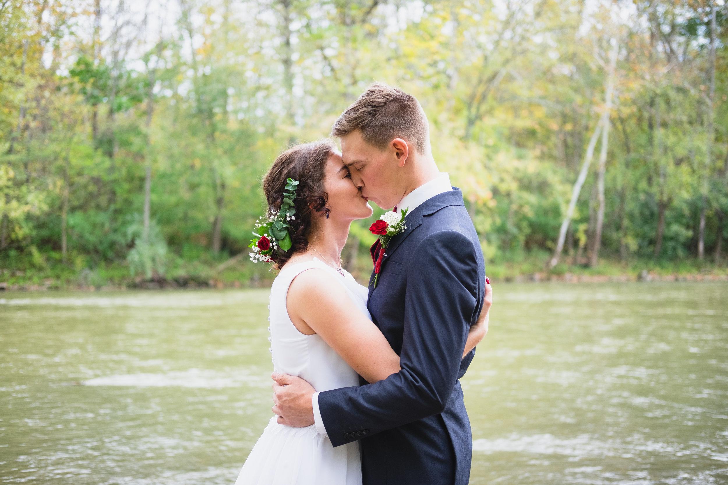 Jeff and Elisabeth Yoder-0040.jpg