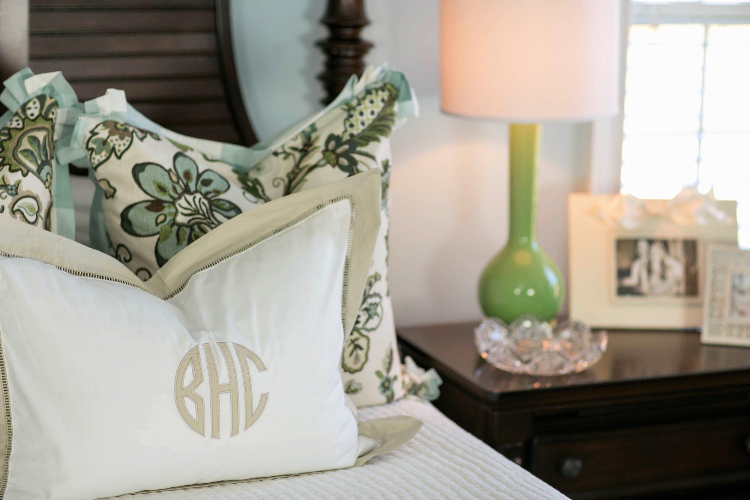 EllebrightDesigns.Bedroom.GreenPillows.jpg