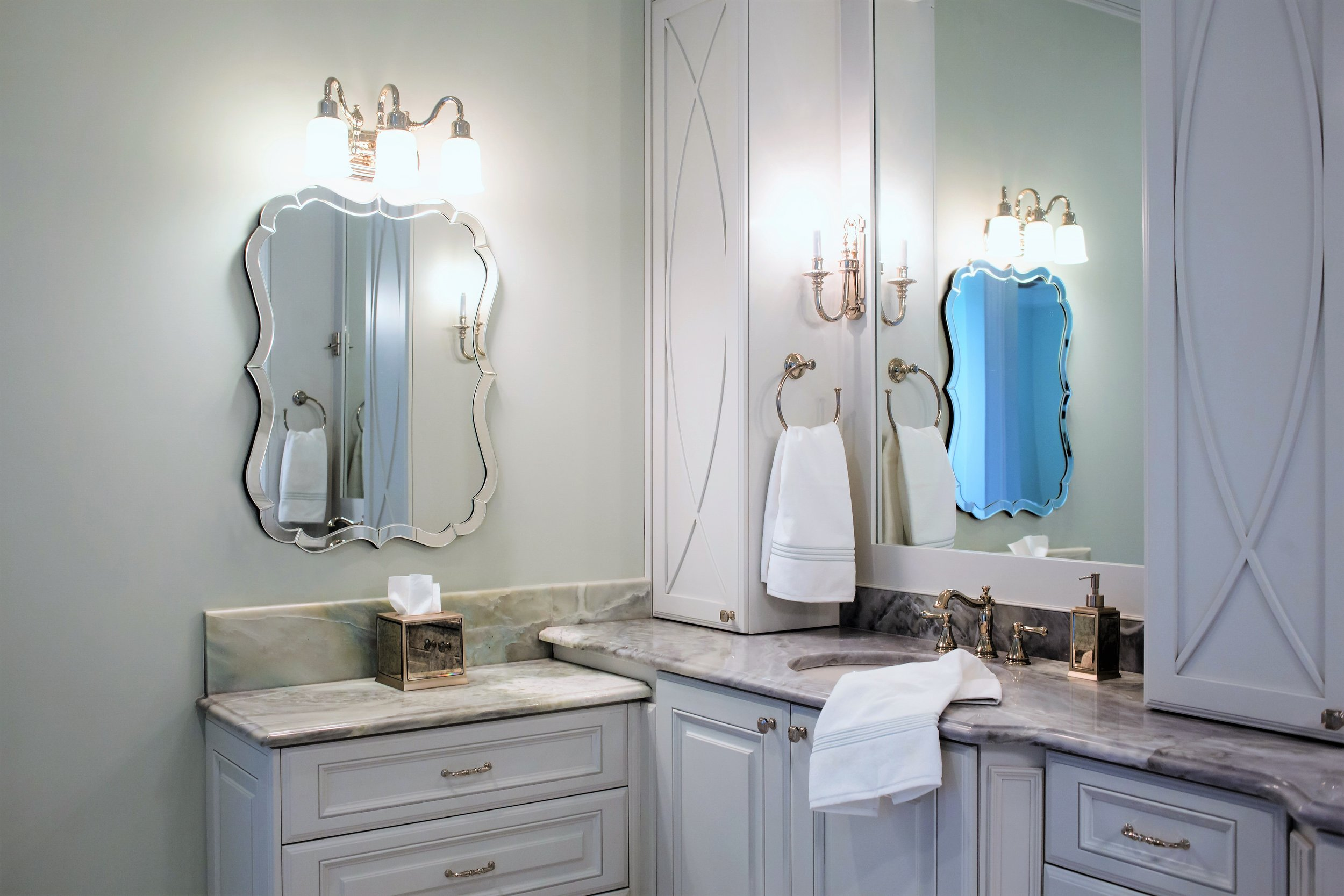ellebrightdesigns.corner.masterbathroom.celadon