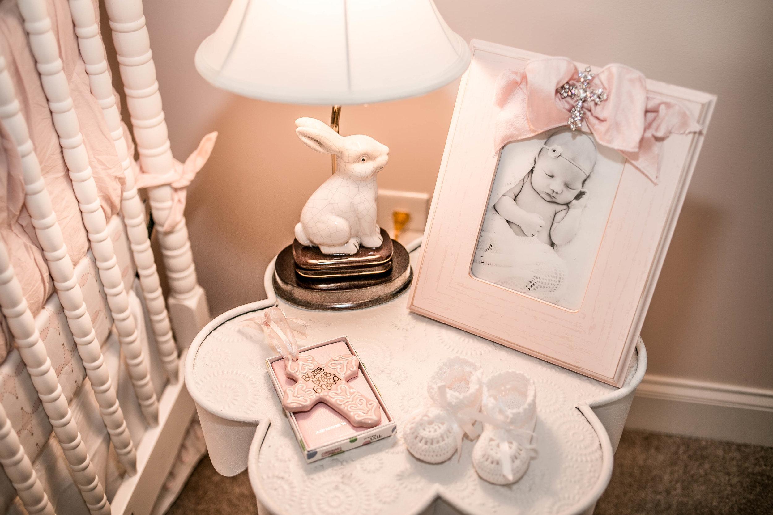 EllebrightDesigns.bunnynursery.details.bunnylamp.pink