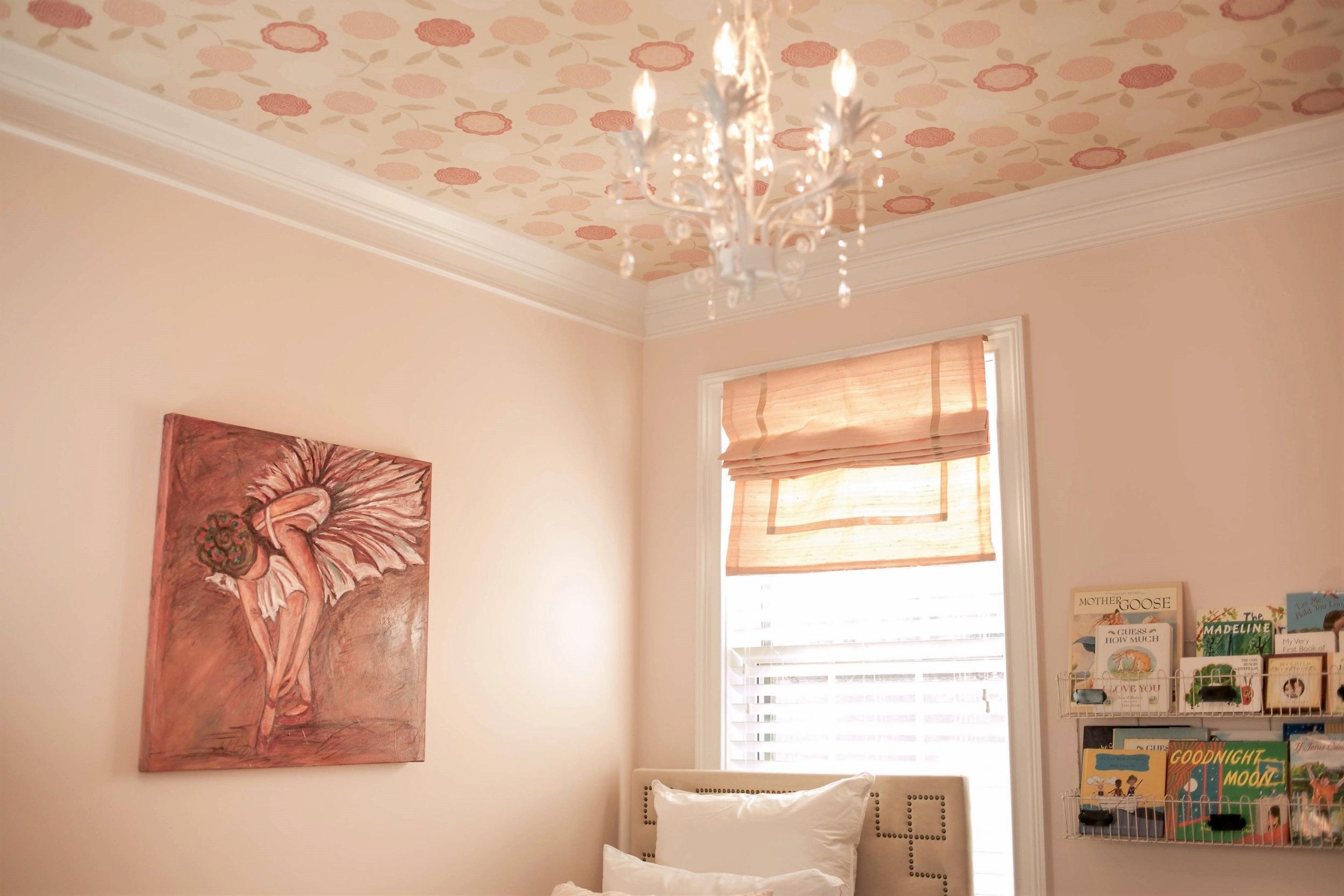 ellebrightdesigns.floralwallpaperceiling.pinknursery