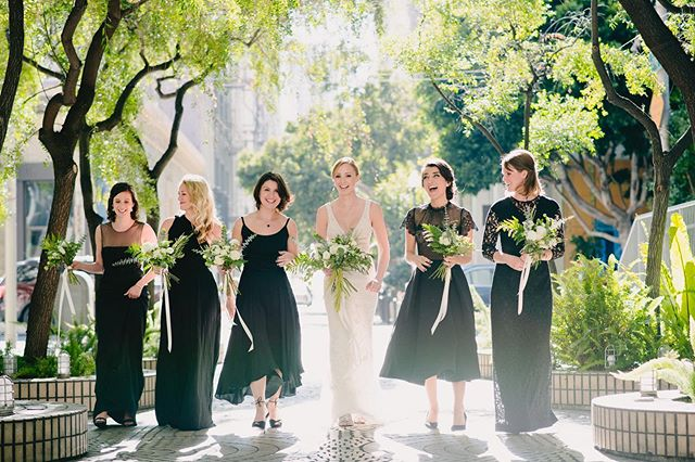 #squadgoals 📷: @jerryyoonphotographers 🌸: @ashandoakfloral ⛪️: @bentlyreserve