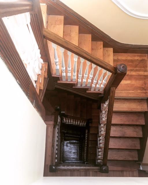 Stairs12.JPG