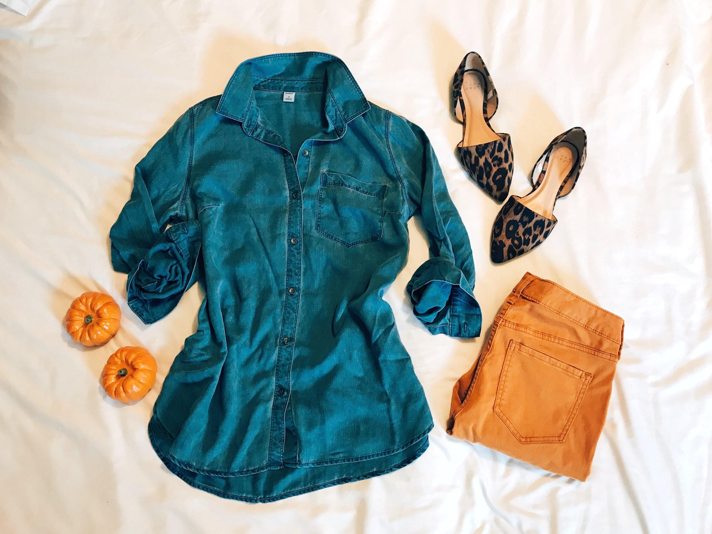 Chambray Tunic  |  Mustard Jeans  |  Leopard Flats