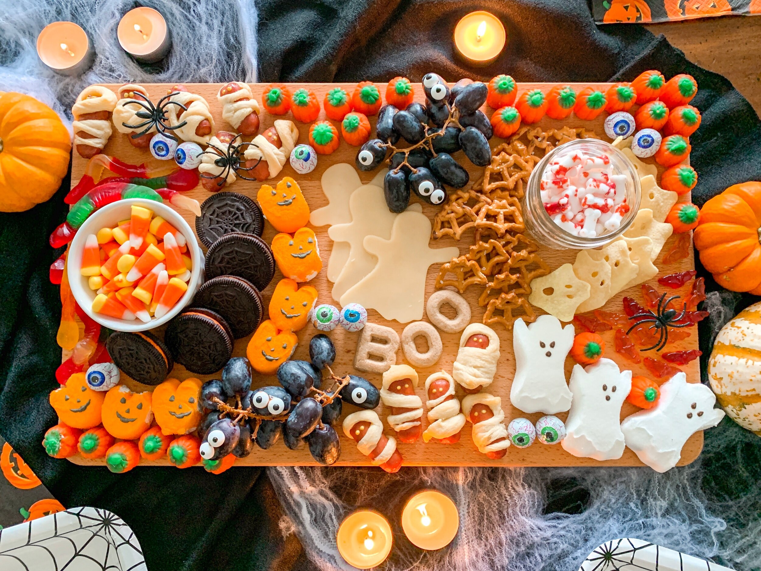 How to make an easy Halloween Charcuterie Board.