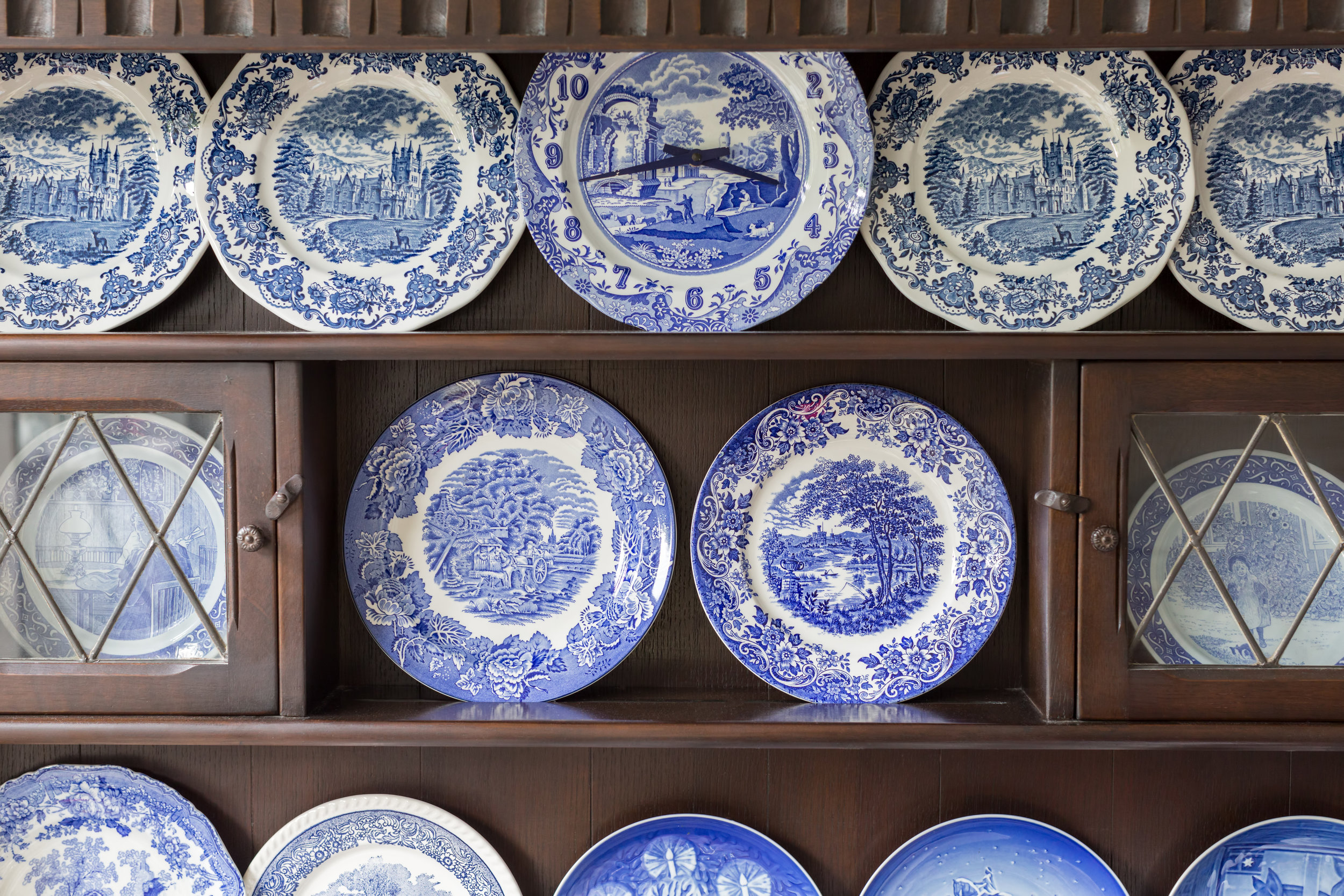Blue.plates.cabinet.iStock-492283936.jpg