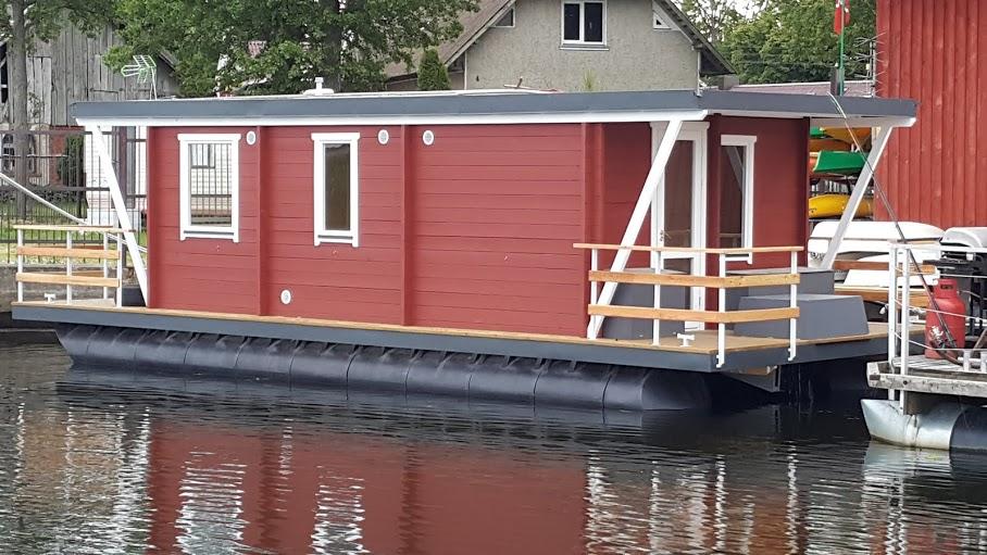 Matrix Houseboat.jpg