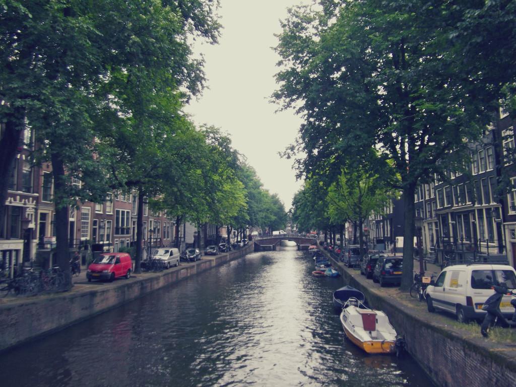 amsterdam-2-1024x768.jpg