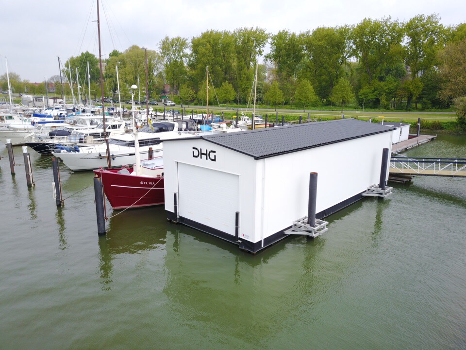 Floating boathouse 17.5meters
