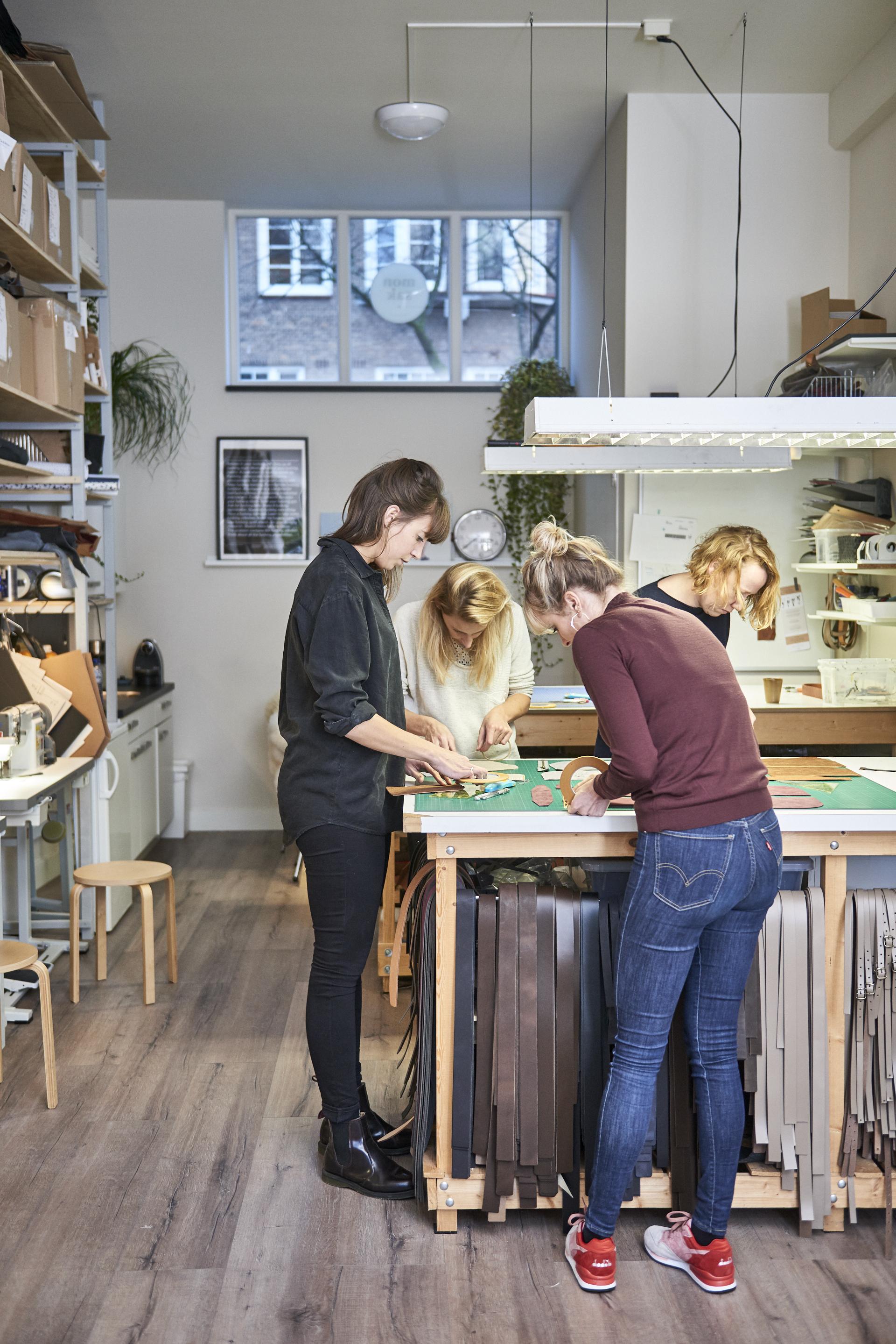 atelier-amsterdam-artist-monsak-unuelectricscooter.jpg