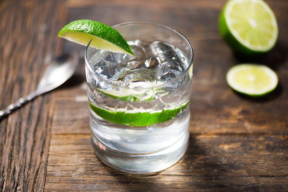 gin-tonic-5a8f334b8e1b6e0036a9631d.jpg
