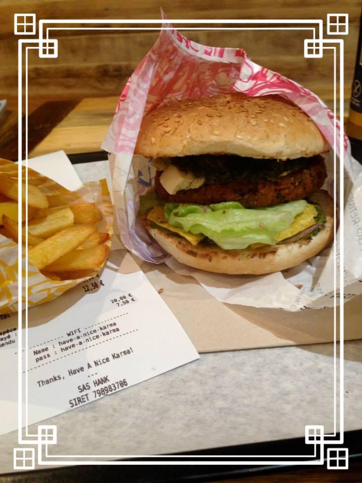 hankering for a hank burger? - 55 rue des archives, 75003
