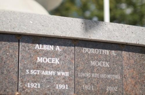 Veterans-Memorial-Tower-02.jpg