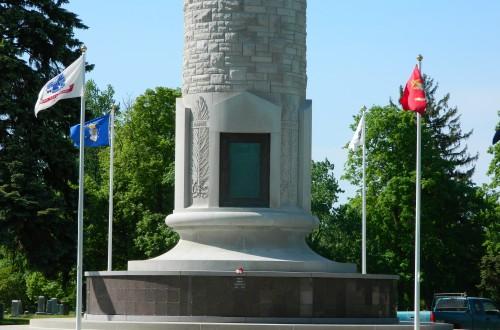 Veterans-Memorial-Tower-03.jpg