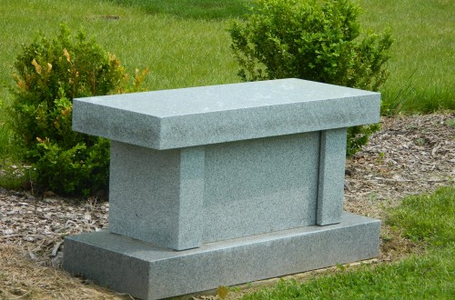 Monument-Bench-Estate-32A-07.jpg