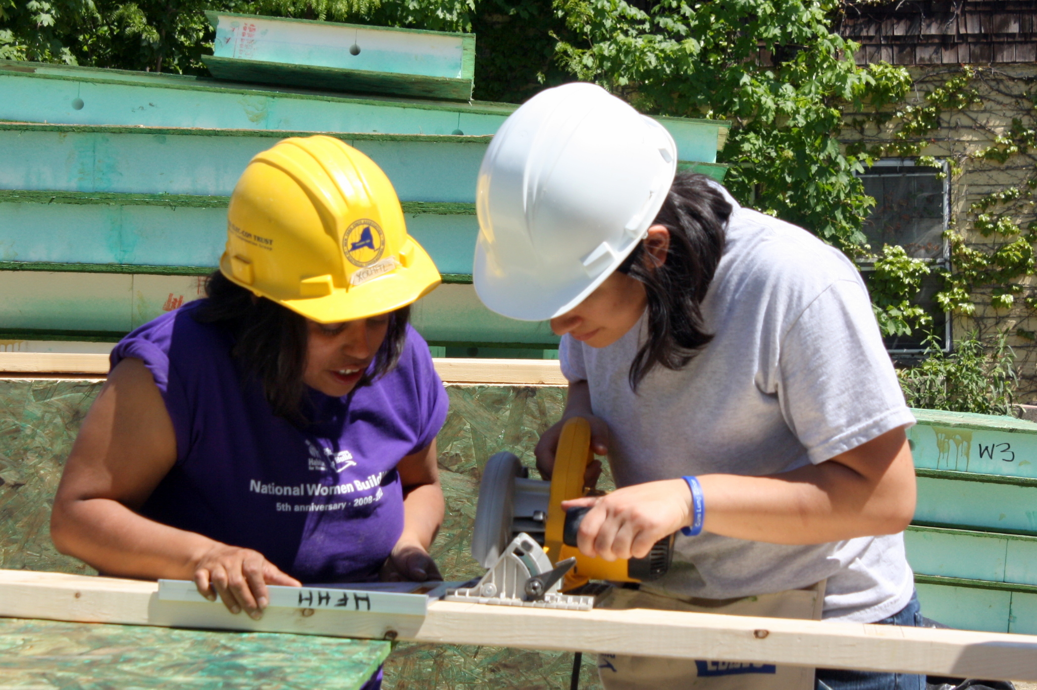Women Build May 2012 (6).JPG