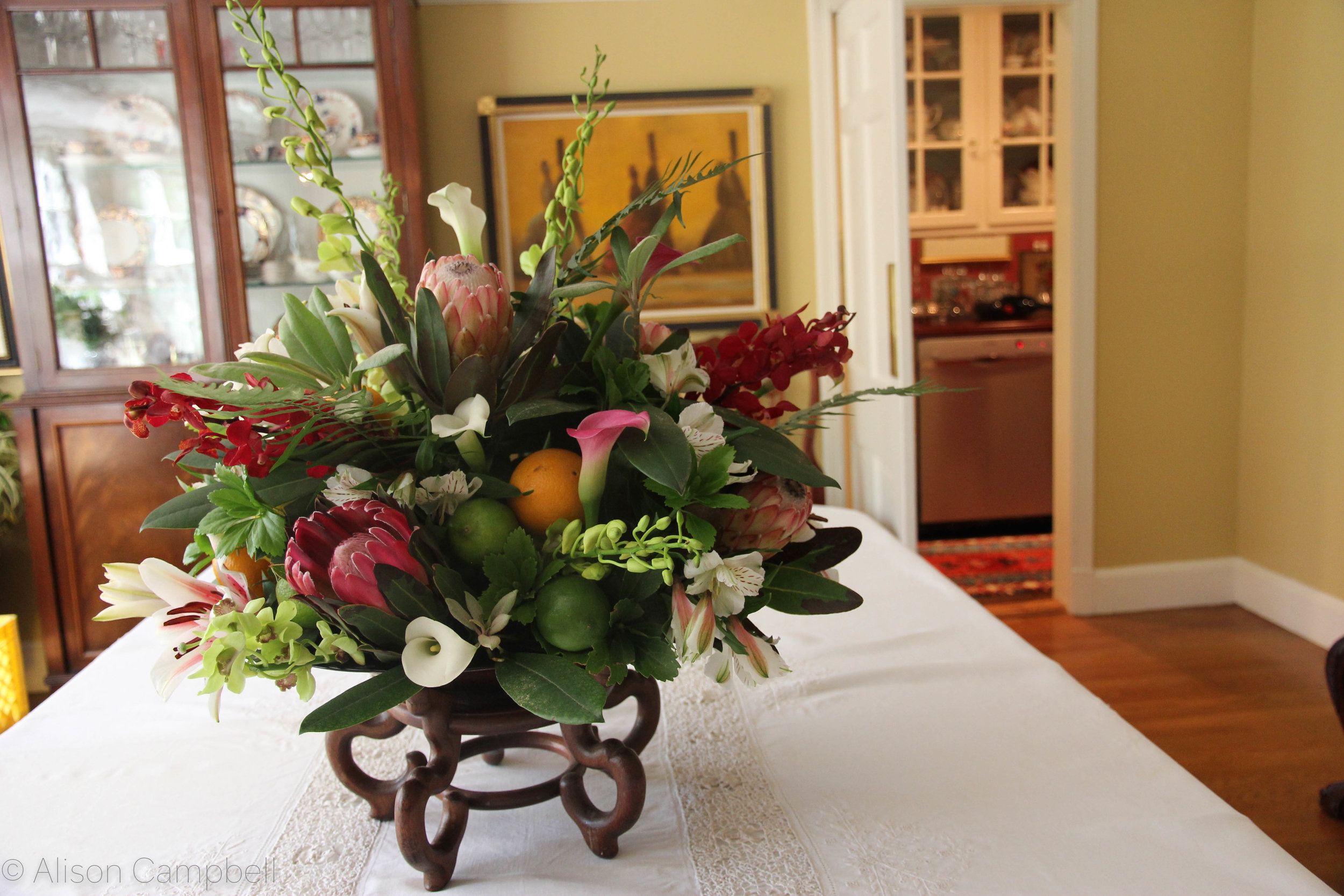 tropical centerpiece.jpg