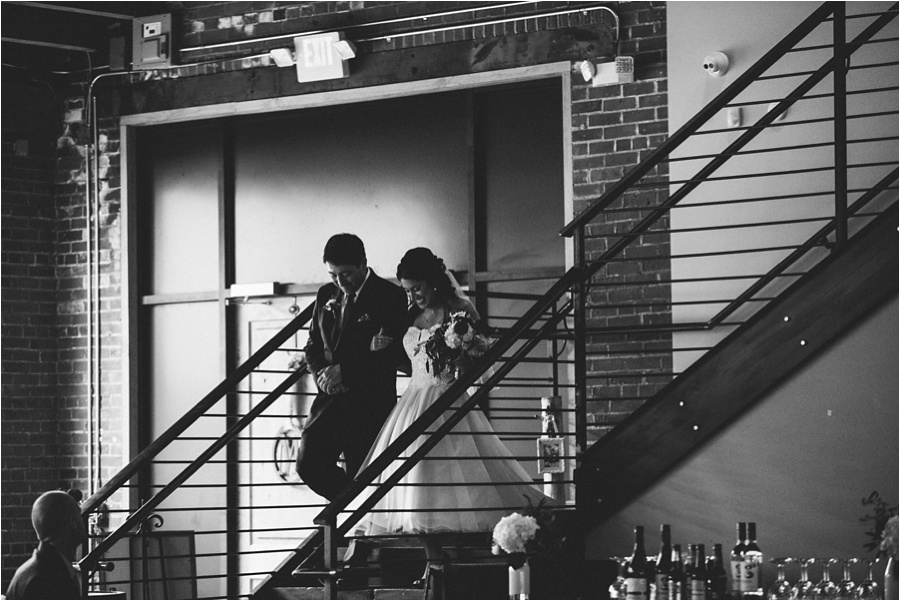 10-catawba-wedding-amore-vita-photography_0009