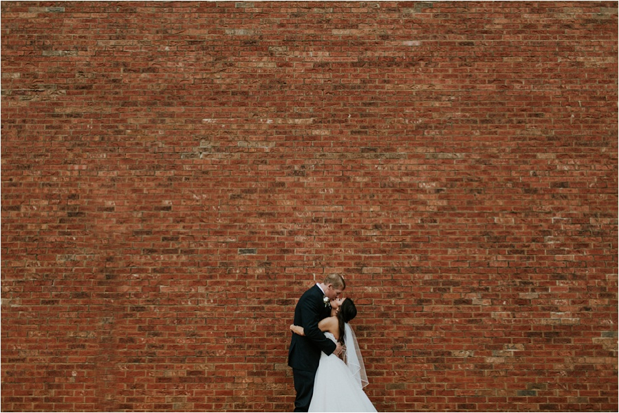 10-catawba-wedding-amore-vita-photography_0020