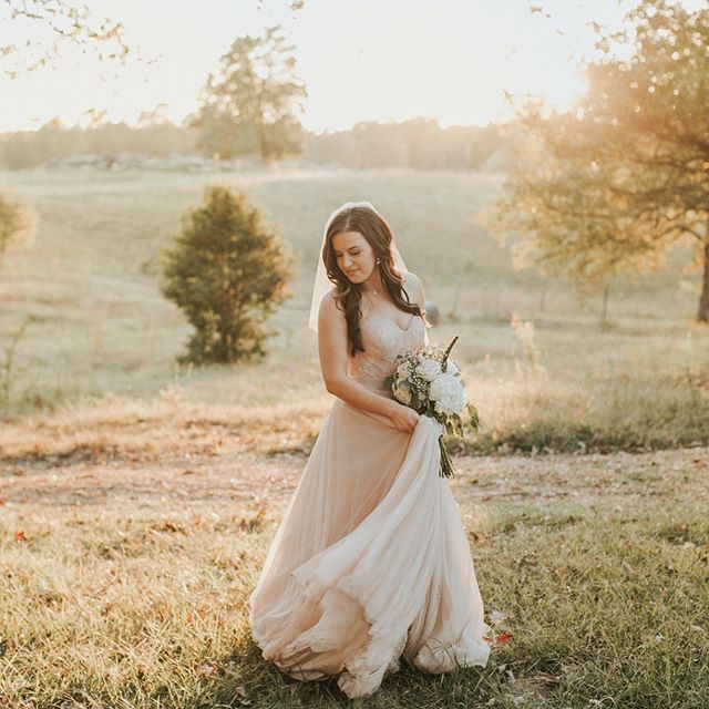 Hope you're feeling as good as Brittany looked in her two piece rose gold gown, on this fine Friday! ✨ Happy Weekend everyone! #amorevitaphotos