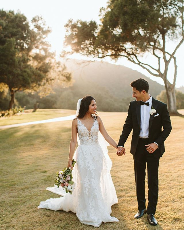 """Like the beauty of the sun you light up my life so I can see. You make me laugh and show me just how good this life can be"" 🎶 @amandaoleander @joeyrudman #amorevitaphotos #amandascupofjoey #thejoeyandamandawedding"