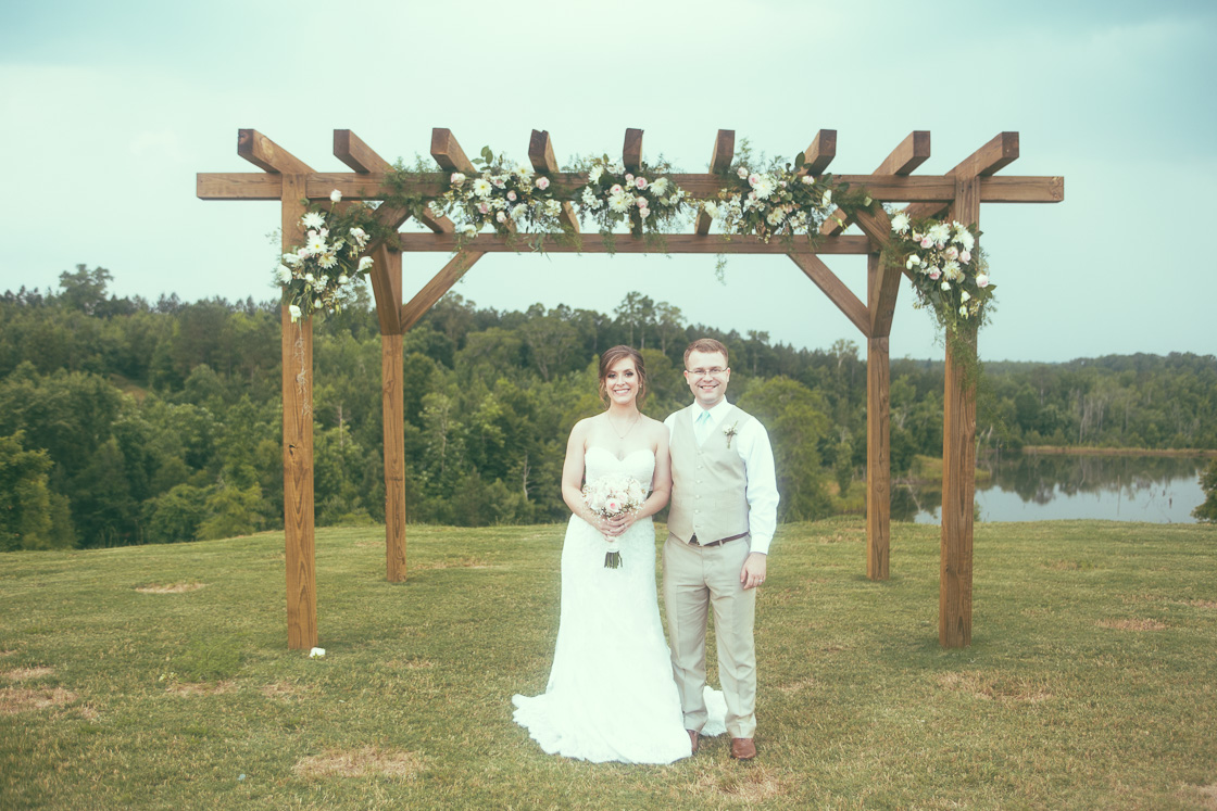 Timber Valley Lodge wedding photography in Fayette, Alabama by DSmithImages Wedding Photography, Portraits, and Events in Birmingham, Alabama