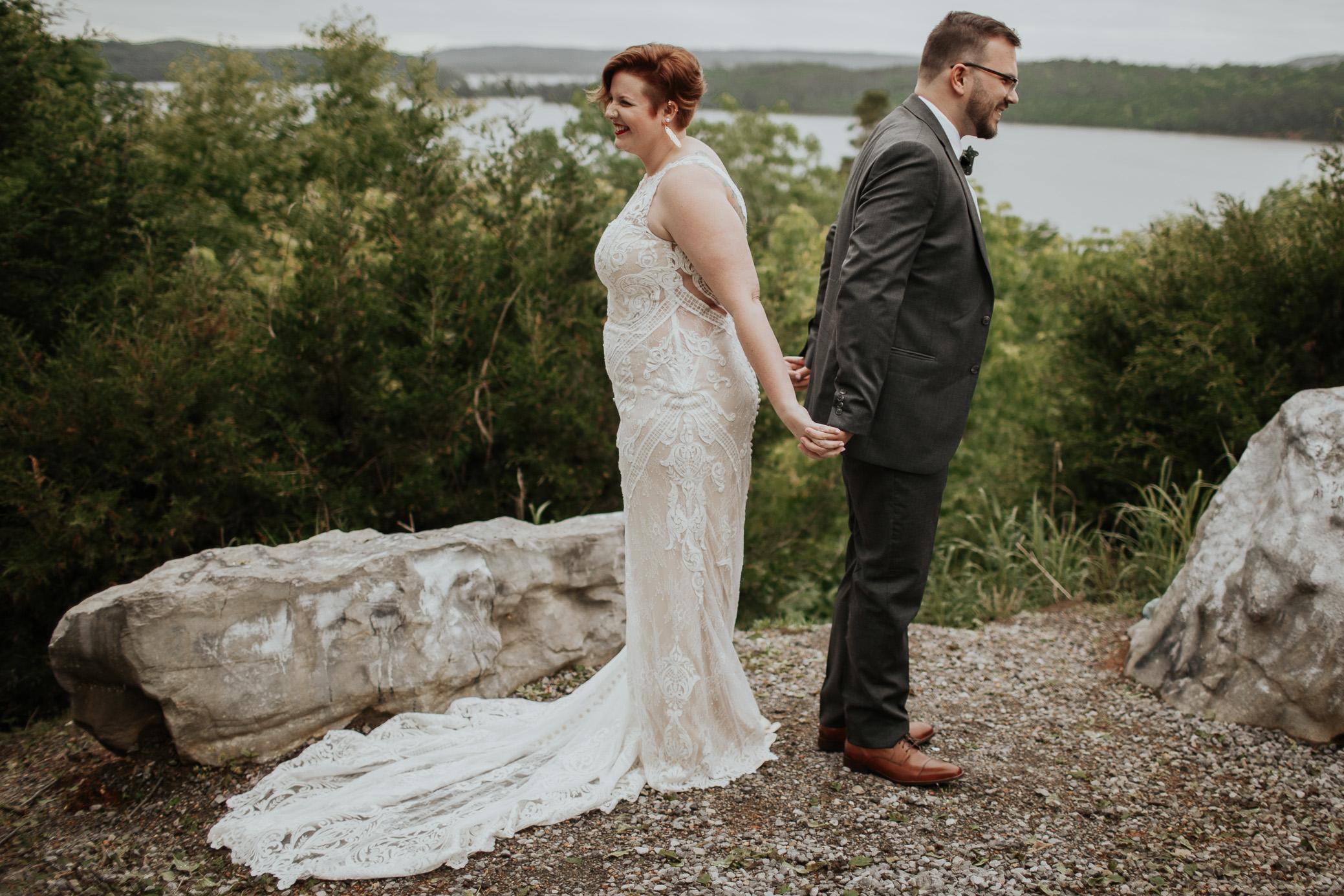 Alabama and Georgia wedding photography at Lake Guntersville State Park by David A. Smith of DSmithImages Wedding Photography, Portraits, and Events, a wedding photographer in Birmingham, Alabama and Atlanta, Georgia.