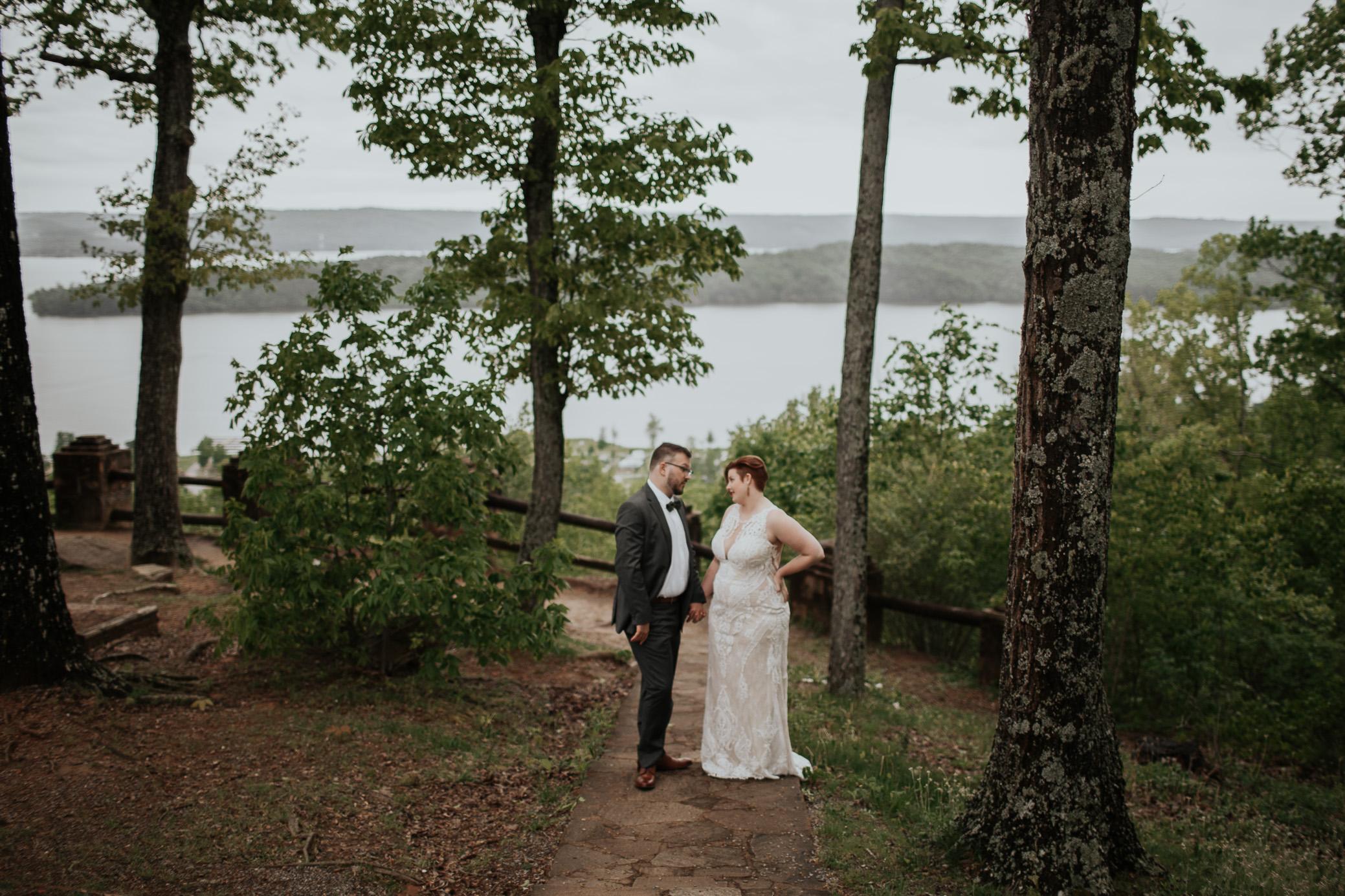 Alabama and North Carolina wedding photography at Lake Guntersville State Park by David A. Smith of DSmithImages Wedding Photography, Portraits, and Events, a wedding photographer in Birmingham, Alabama and Atlanta, Georgia.